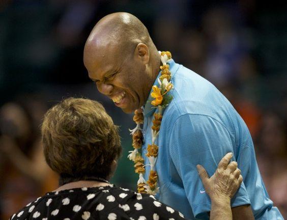 oregon beaver robinson | Craig Robinson fired as Oregon State Beavers men's basketball coach ...