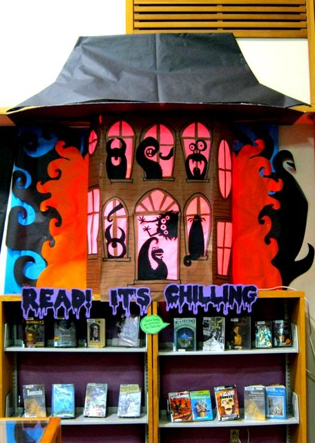"Rachel Moani's ""Read! It's Chilling"" is a vivid and eye-catching library display that encourages students to read during the month of October.:"