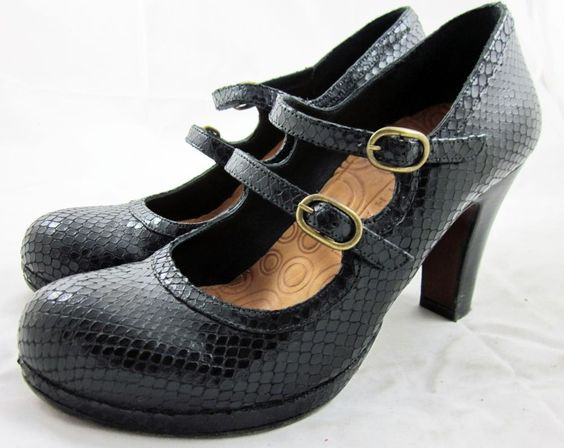 CHIE MIHARA PUMPS Black Snakeskin Double Buckle MARY JANE HEELS 38/8 #ChieMihara #Strappy