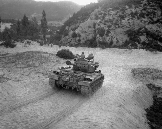 [Photo] US Marine Corps M46 Patton medium tank in Korea, 8 ...