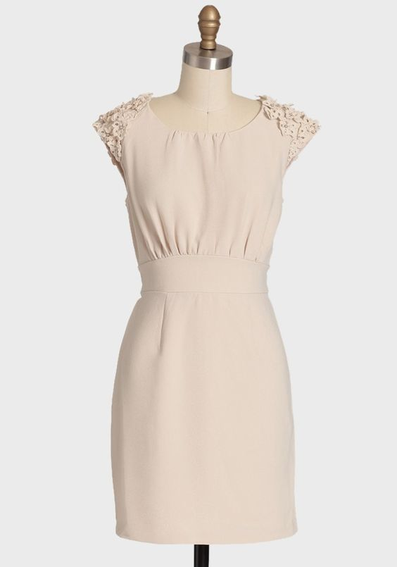 Chantelle Dress By Darling UK | Modern Vintage Dresses