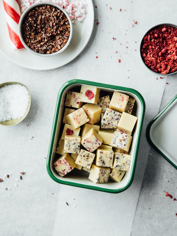 Almost raw white chocolate bites: