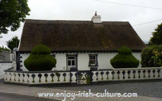 Thatched Irish cottage in County Galway, Ireland. Click on the photo to see the full album of around thirty such inhabited cottages in our neighbourhood that we posted on our Facebook page. You will see thirty loved, unique and cosy homes!