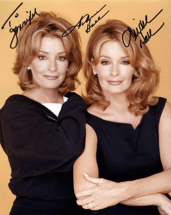 Deidra and Andrea Hall sisters. The one on the right plays Marlana off Days of Our Lives.
