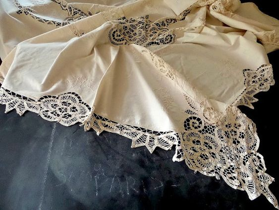 Tablecloth .Large French antique lace tablecloth with beautiful hand-made inset lace and border .Ivory cotton