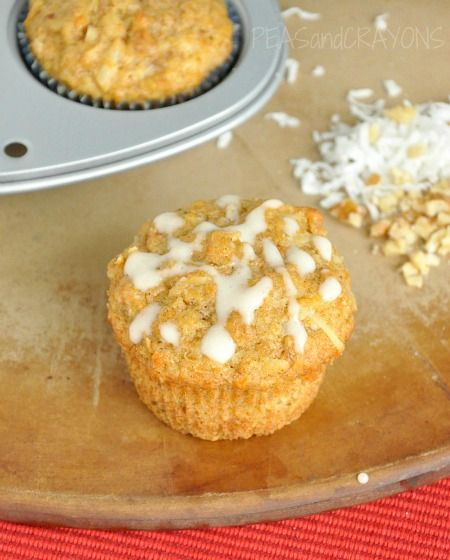 move over carrot cake! [ Coconut Carrot Breakfast Muffins ] #sofluffyimgonnadie