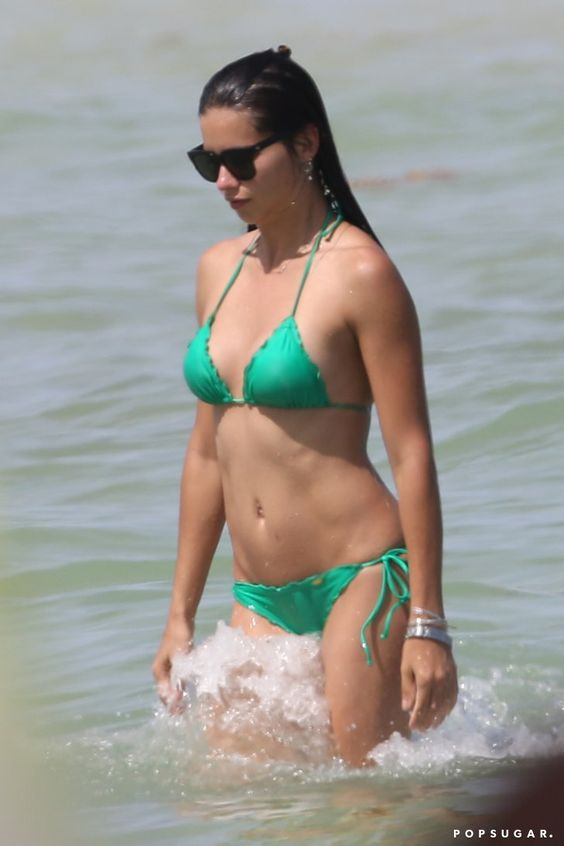Pin for Later: The 40 Best Bikini Moments of 2014! Adriana Lima's Newly Single Ocean Dip