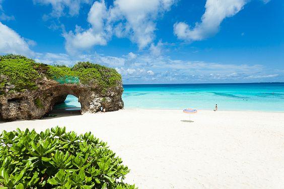 Okinawa Japan Beaches | Tropical beach paradise of Okinawa, Japan | One of the beaches I'll be soaking up the sun in 2014! Can't wait!!!
