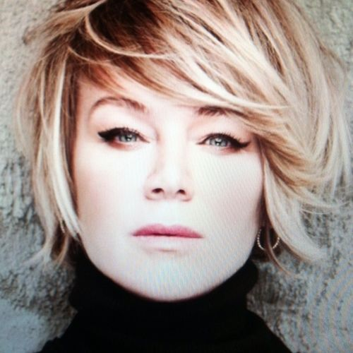 Mia Michaels...such an amazing choreographer and talent. Not to mention, I love her hairstyle! (So You Think You Can Dance)