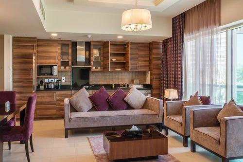إحجز أفضل الشقق بمكة تطرح شركات حجز شقق فندقية بمكة المكرمة عدد من الشقق الفندقية القريبة من الحرم المكي والتي تقدم Kitchen Views Hotel Apartment Home Decor