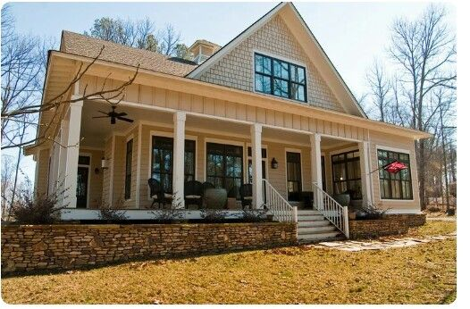 One story dream house home pinterest house porch for Simple house plans with porches