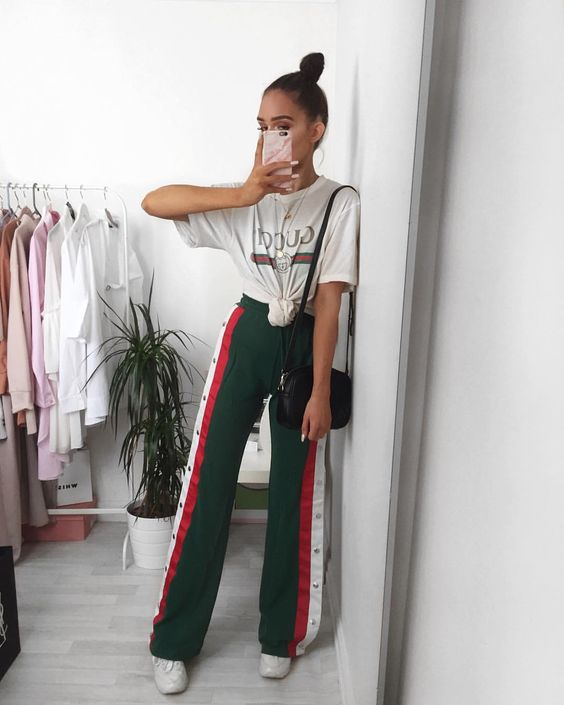 "10.7 k likerklikk, 64 kommentarer – Alicia Roddy (@lissyroddyy) på Instagram: ""Outfit prepping earlier today, these @misspap joggers are my faveeee use code LISSY30 """