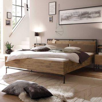 Holzbett design  Holzbett im Loft Design Akazie massiv | Holz & schwarzes Metall ...