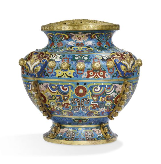 RARE ET IMPORTANT VASE COUVERT IMPERIAL EN EMAUX CLOISONNES, LEI | CHINE, DYNASTIE QING, EPOQUE QIANLONG (1736-1795) | All other categories of objects, vases | Christie's