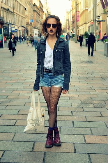 denim jean shorts with fishnet tights