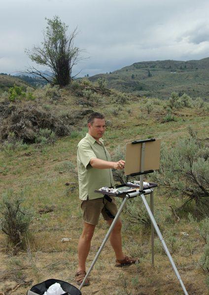 Robert E. Wood est né à North Vancouver, en Colombie-Britannique en 1971, et réside actuellement à Calgary, en Alberta.