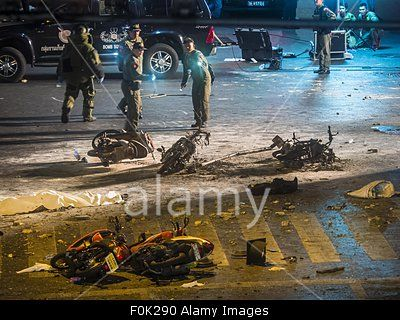 Bangkok, Thailand. 17th Aug, 2015. Scene of explosion at #Erawan Shrine in heart of #Bangkok shopping district. © Zuma/Alamy Live News