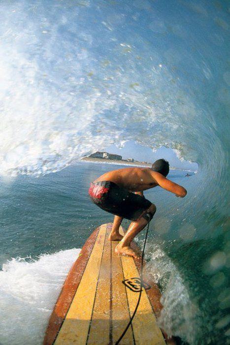 大き目のサーフボードでサーフィン