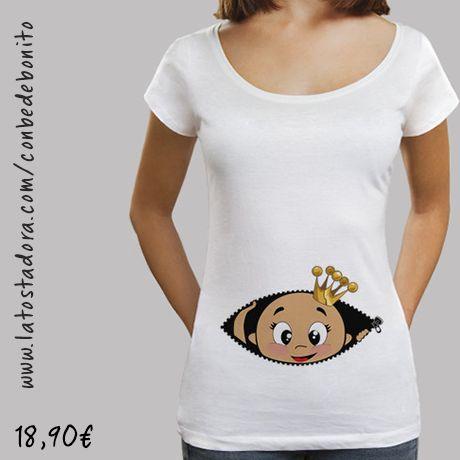 https://www.latostadora.com/conbedebonito/camiseta_cucu_bebe_asomando_cuello_ancho_blanca/1418674