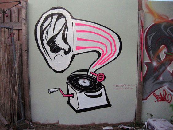 """DJ Taub"" - Graffiti aus Klebeband, Berlin 2012"