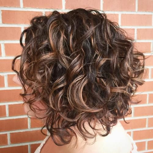 65 Different Versions Of Curly Bob Hairstyle Lockige Bob