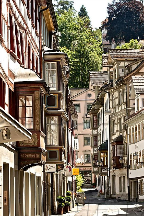Historic buildings with bay windows, in the old city of St. Gallen, Webergasse, St. Gallen, Switzerland.: