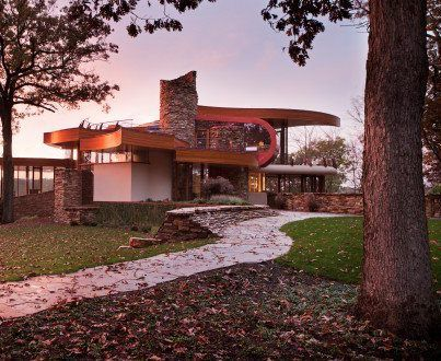 Chenequa Residence / Robert Harvey Oshatz Architect