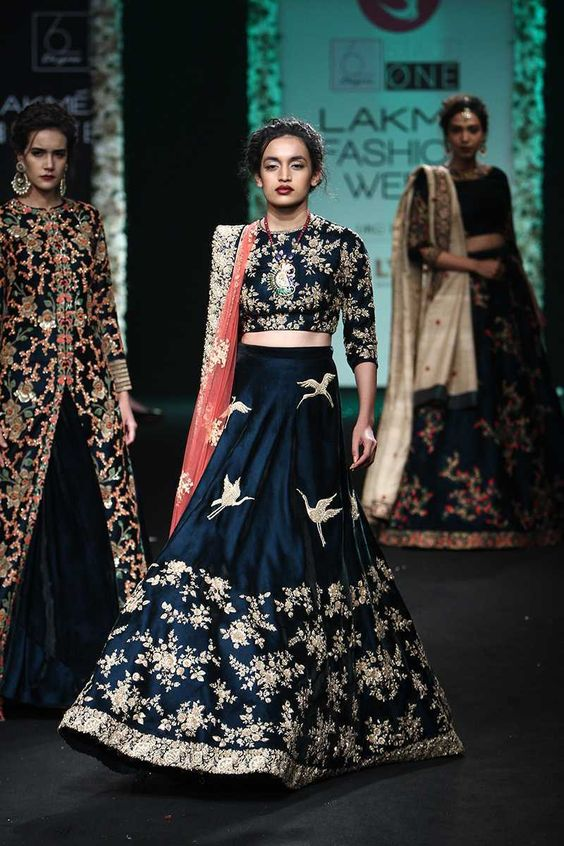 Saroj Jalan | Lakmé Fashion Week winter/festive 2016 #SarojJalan #LFWWF2016 #PM
