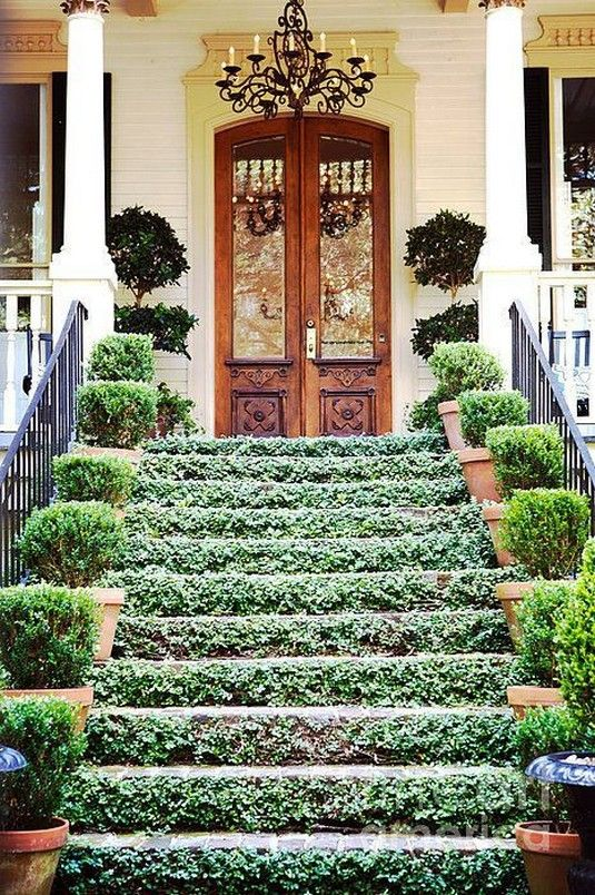 60 Magnificent Farmhouse Front Porch Decorating Ideas That Make You Smile 15 42 With Images Garden Design Outdoor