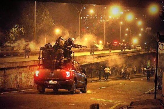 """RT @FotoULTRAS: """"@ultrasTifos: #Brasil #ACAB http://t.co/ZpeQgvouOA"""""""