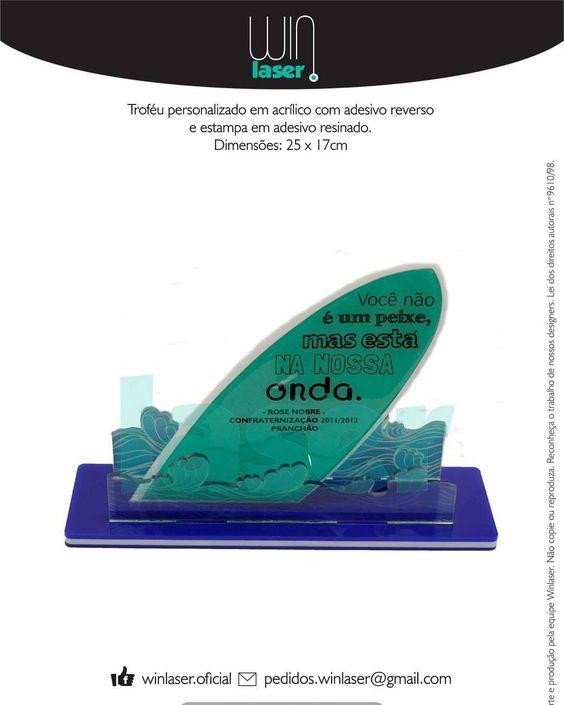 Troféu em acrílico personalizado. pedidos.winlaser@gmail.com  #trophy #trofeu #winlaser #acrilico #mdf #cortealaser #lasercut #gravacaoalaser #gravacao #personalizado #surf #homenagem #mar #campeonato by winlaser.oficial