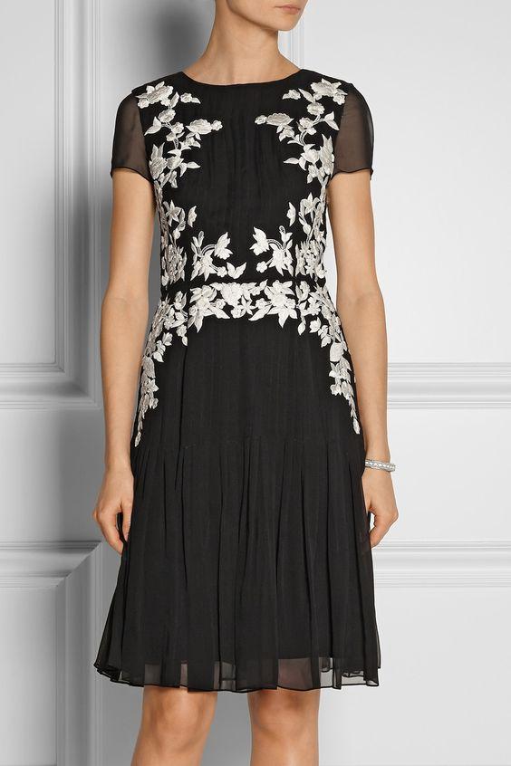 Oscar de la Renta|Floral-appliquéd silk-chiffon dress|NET-A-PORTER.COM