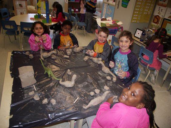La maternelle de Francesca: Nos dinosaures en argile partie 1 !