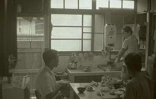 写真でみる昭和の暮らし2 台所の変化 « 愛媛県歴史文化博物館 学芸員 ...