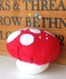 Hope & Gloria: Terrific Toadstool Pin Cushions