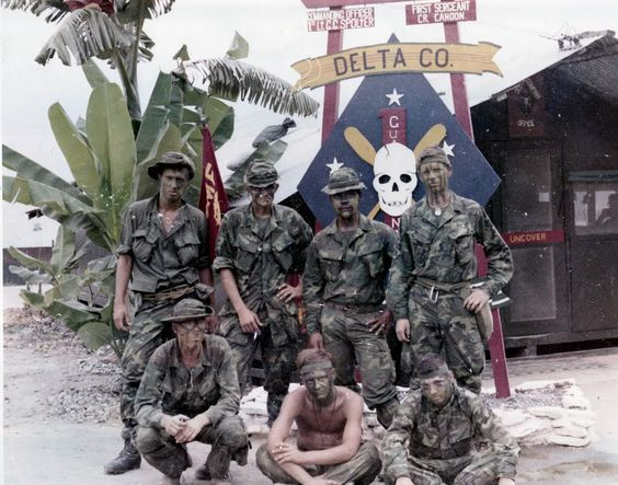 Us Marine Corps Vietnam War | Thai soldiers board C-130 at Long Thanh for trip home)