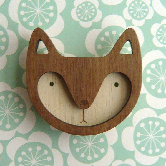 Wooden fox brooch.