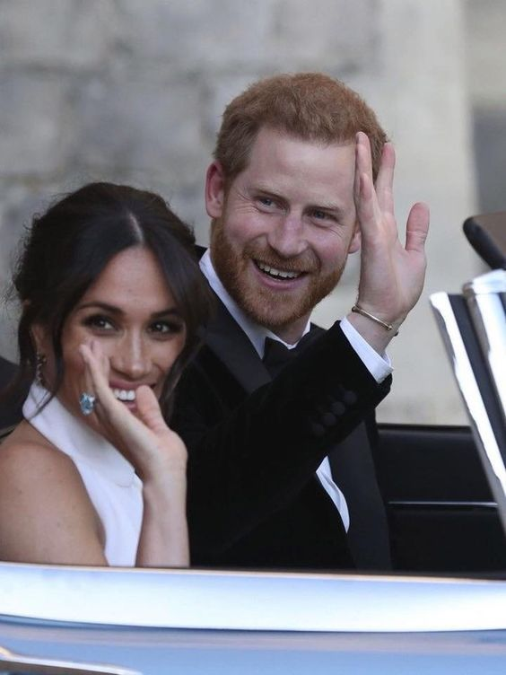 Pin By Ravena Piccio On Harry And Megan Prince Harry And Meghan Prince Harry And Megan Harry Wedding