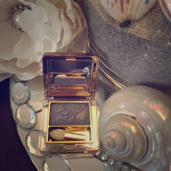 💋Estée Lauder brand new peacock eyeshadow Brand new Estée Lauder eyeshadow shimmer peacock blue Makeup Eyeshadow