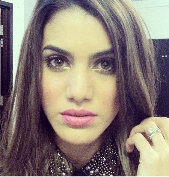 Camila  A.K.A- (English) MakeupByCamila2 A.K.A- (Portuguese) MakeupByCamila