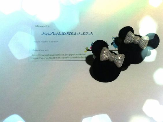 Mini coletero Minnie Mouse de color blanco