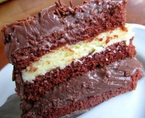 Bolo de Chocolate com recheio de Leite Ninho e Chocolate: