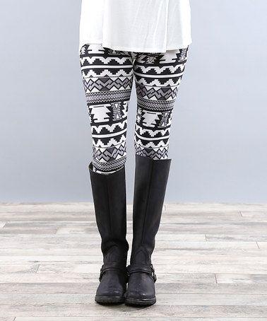 $12.99 Loving this Black & White Geometric Leggings on #zulily! #zulilyfinds