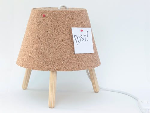 Brazilian designers Vinícius Lopes Leite and Gabriela Kuniyoshi of Studio Ninho created the Luminaire Post, a dual-function lamp message board perfect for reminding you what needs to be done every time you turn the light on and off.
