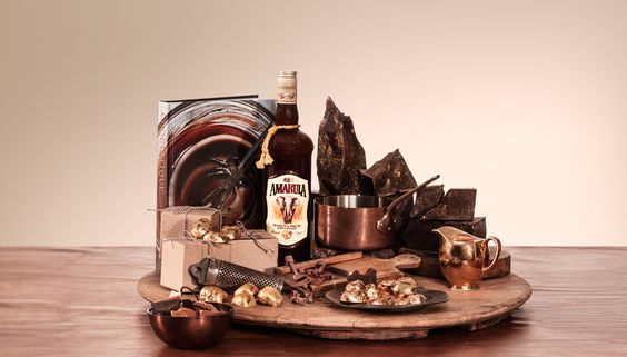 Dark Continent Chocolate Collection - Treat someone with a cocoa overload! Put together a bespoke giftset of all things chocolate, from artisan slabs to accessories, and a bottle of Amarula of course. Visit http://www.amarula.com/gifts#/gifts to be inspired.