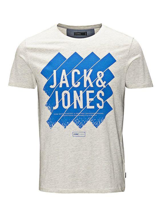 CORE by JACK & JONES - T-Shirt von CORE - Slim fit - Rundhalsausschnitt - Pigment-Print mit Markenlogo vorn - Markenlogo-Etikett am Saum seitlich - Das Modell trägt Größe L und ist 187 cm groß 100% Baumwolle...