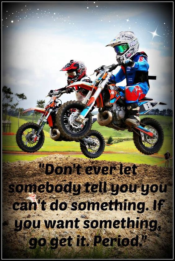 não deixe nunca alguém lhe dizer que você não pode fazer algo que você quer, corra atrás.