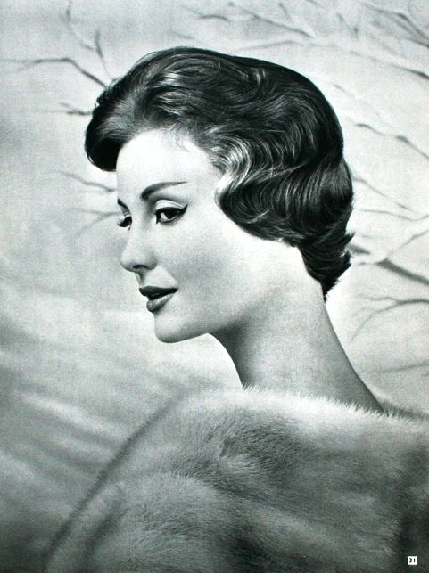 Votre Beauté November 1957  Fourrures Revillon, photo Geiger: Vintage Hairstyles, Hair Styles, Vintage Fashion, Hairstyle 1950S, 50 S Fashion