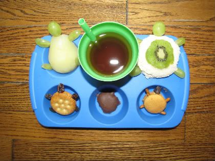 Awesome preschool snack ideas!  Letter Tt anyone?