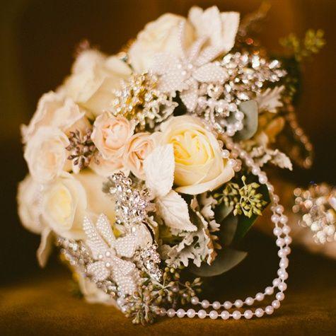 Vintage brooch bridal bouquet.